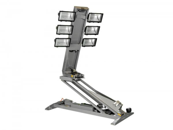 Quartz Halogen Light Towers with 11' Reach from Base